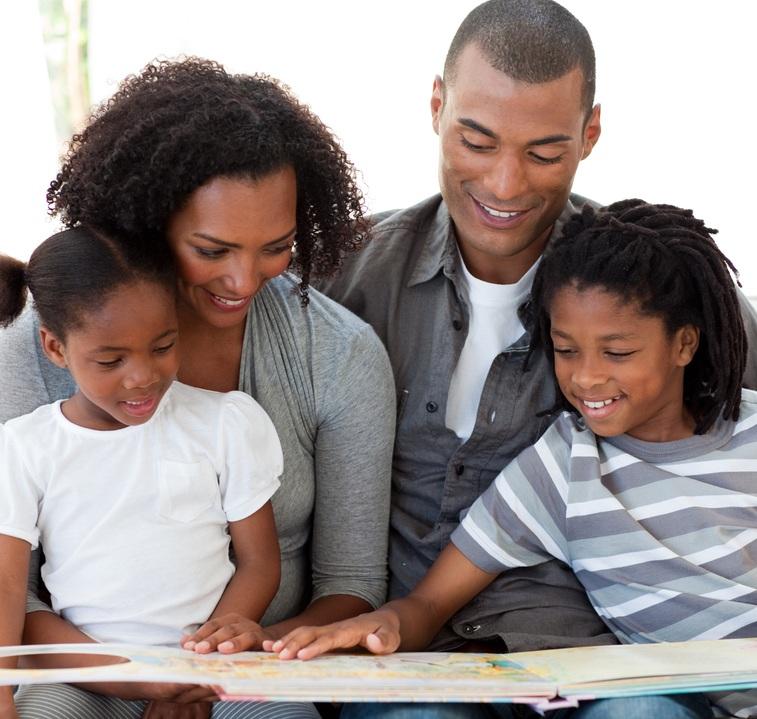 familia lendo